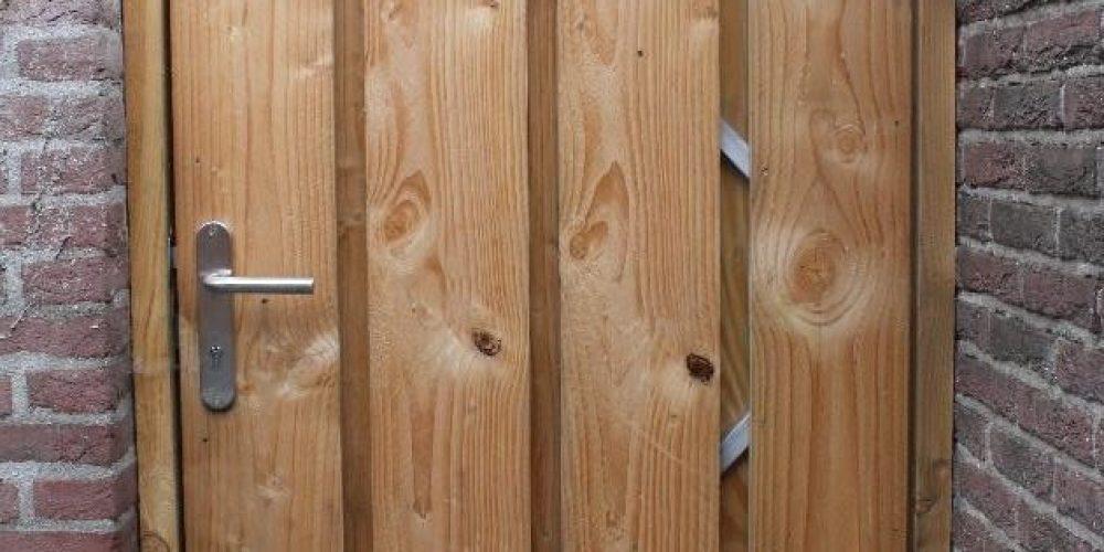 Stevige houten tuindeur
